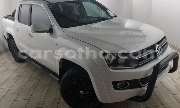 Buy Used Volkswagen Amarok White Car in Roma in Maseru