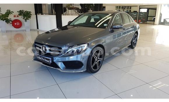 Buy Used Mercedes Viano Blue Car in Butha Buthe in Butha-Buthe