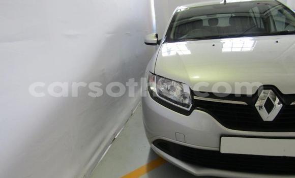 Buy Used Renault Sandero Silver Car in Roma in Maseru