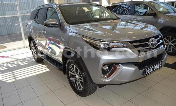 Medium with watermark 2019 toyota fortuner 2