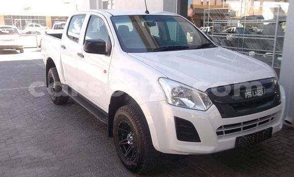 Buy Used Isuzu KB White Car in Butha Buthe in Butha-Buthe