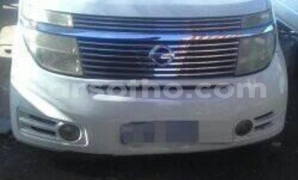 Buy Used Nissan Elgrand White Car in Maseru in Maseru