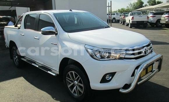 Buy Import Toyota Hilux White Car in Maseru in Maseru