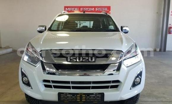 Buy Used Isuzu KB White Car in Maseru in Maseru