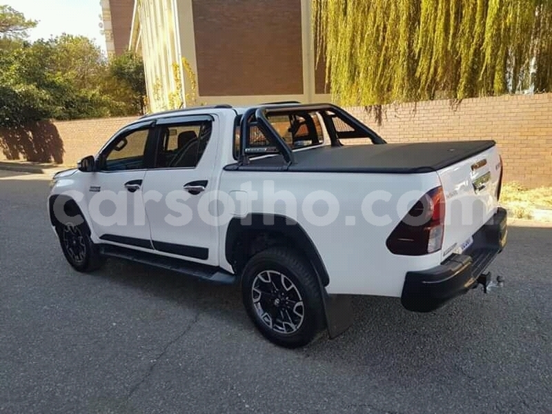Big with watermark toyota hilux butha buthe quthing 20050