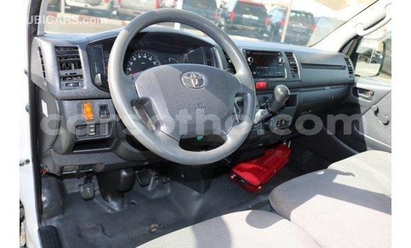 Buy Import Toyota Hiace White Car in Import - Dubai in Maseru