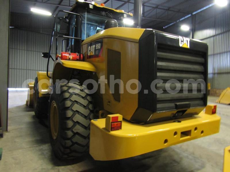 Big with watermark caterpillar 120 maseru maseru 21764