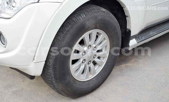 Buy Import Mitsubishi Pajero White Car in Import - Dubai in Maseru