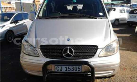 Medium with watermark mercedes benz vito cdi transporter model5 door colour white factory a 2009 id 46624923 type main