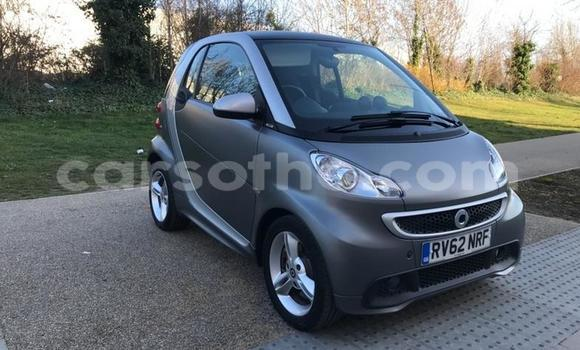 Medium with watermark 2012 smartfortwo pulse