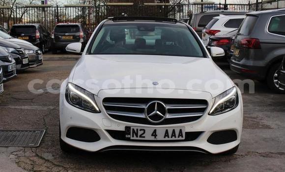Buy Used Mercedes-Benz C-klasse White Car in Butha–Buthe in Thaba-Tseka