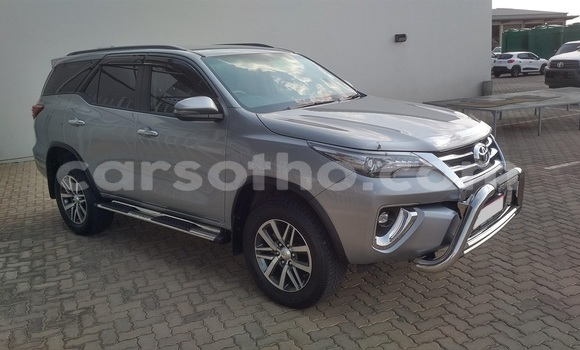 Buy Used Toyota Fortuner Silver Car in Import - Dubai in Maseru