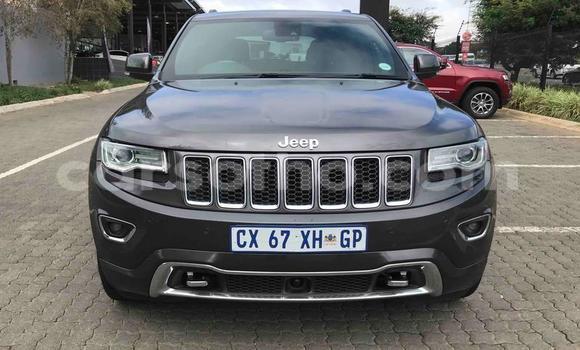 Buy Used Jeep Cherokee Black Car in Maseru in Maseru
