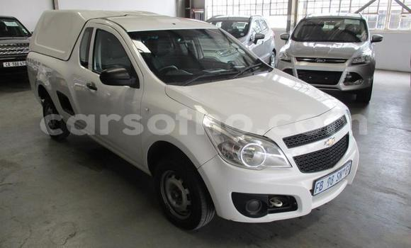 Buy Used Chevrolet Corsa White Car in Maputsoa in Leribe
