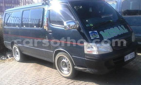 Buy Used Toyota Hiace Black Car in Maseru in Maseru