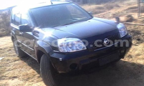 Buy Used Nissan X-Trail Black Car in Maseru in Maseru