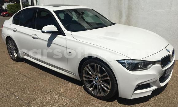 Buy Used BMW 5–Series White Car in Maputsoa in Leribe