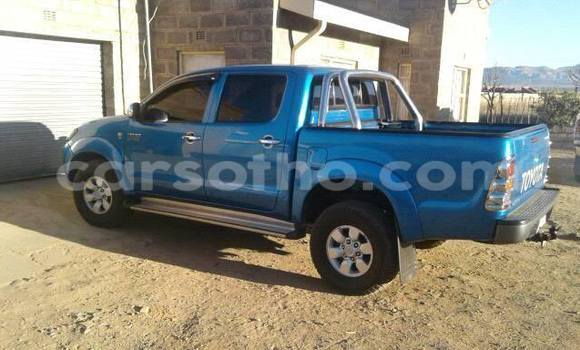 Buy Used Toyota Hilux Blue Car in Maseru in Maseru