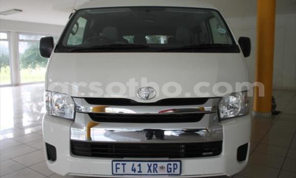 Buy Used Toyota Hiace White Car in Maputsoe in Leribe