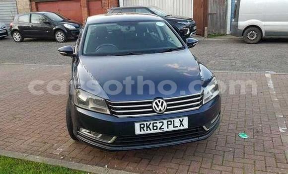 Buy Used Volkswagen Passat Blue Car in Mokhotlong in Berea