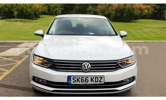 Buy Used Volkswagen Passat White Car in Peka in Leribe
