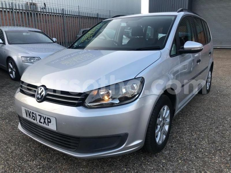 Big with watermark 2011 volkswagen touran s tdi dsg 3