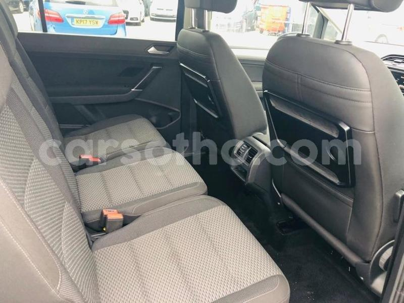 Big with watermark 2015 volkswagen touran 1.6 tdi 5