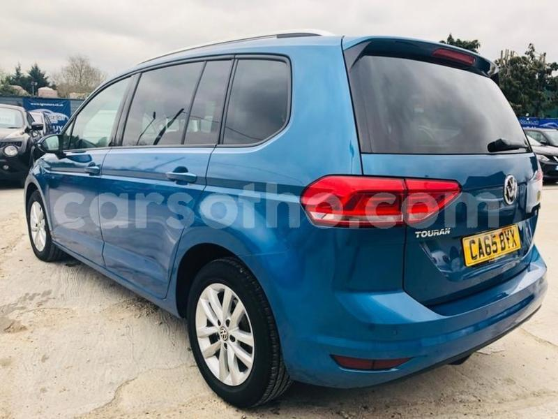 Big with watermark 2015 volkswagen touran 1.6 tdi 3