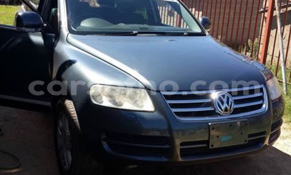 Buy Used Volkswagen Touareg Black Car in Maseru in Maseru