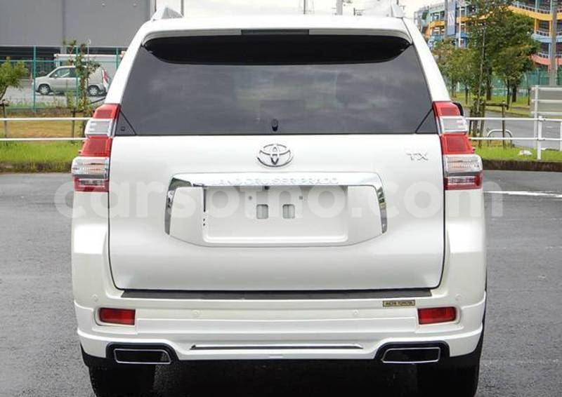 Big with watermark 2013 toyota land cruiser prado white 6