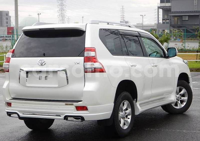 Big with watermark 2013 toyota land cruiser prado white 5