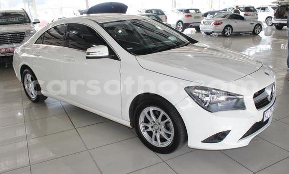 Buy Used Mercedes-Benz CLS–Class White Car in Maputsoa in Leribe
