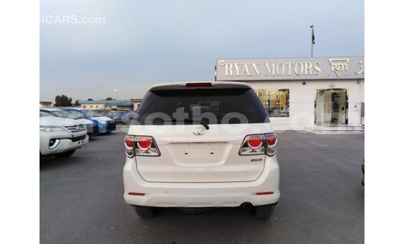 Buy Import Toyota Fortuner White Car in Import - Dubai in Maseru