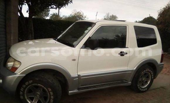 Buy Used Mitsubishi Pajero White Car in Maseru in Maseru