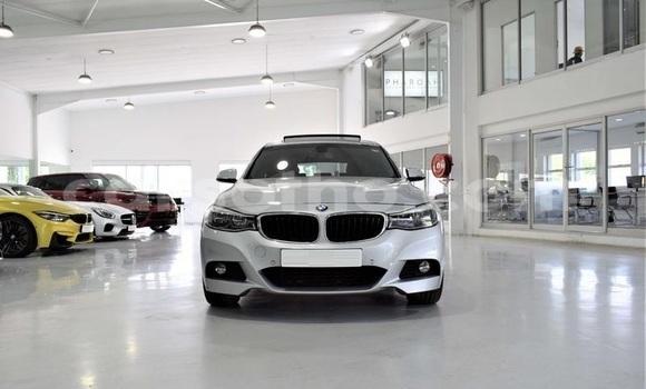 Buy Used BMW 3–Series White Car in Hlotse in Leribe