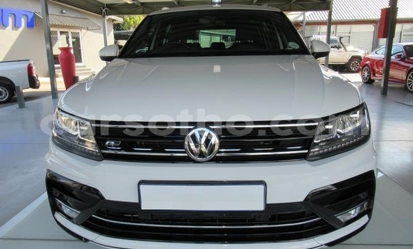 Buy Used Volkswagen Tiguan White Car in Butha Buthe in Butha-Buthe