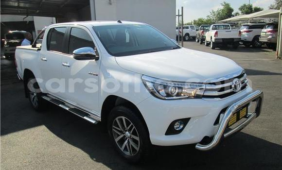 Buy Import Toyota Hilux White Car in Maseru in Maseru