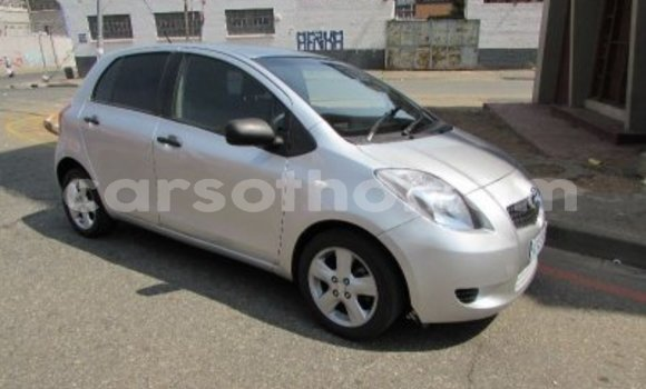 Buy Used Toyota Yaris Silver Car in Mohale's Hoek in Mohale's Hoek