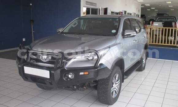 Buy Used Toyota Fortuner Silver Car in Butha–Buthe in Thaba-Tseka