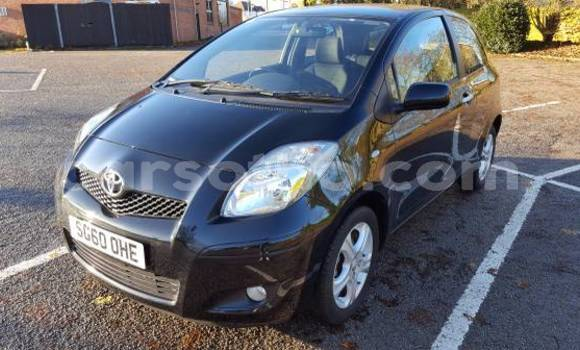 Buy Used Toyota Yaris Black Car in Maseru in Maseru