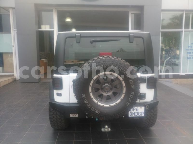 Big with watermark surf4cars used cars cmh47usd17592 jeep wrangler 36l v6 rubicon 2 door 4