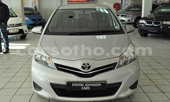 Buy Used Toyota Yaris White Car in Maseru in Maseru