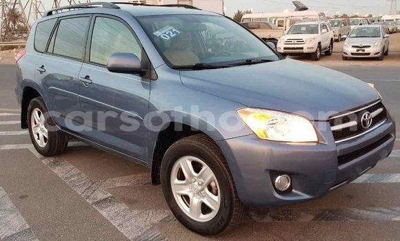 Buy Import Toyota HiAce Blue Truck in Import - Dubai in Maseru