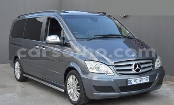 Buy Used Mercedes-Benz Viano Blue Car in Maseru in Maseru