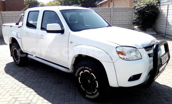 Buy Used Mazda BT-50 White Car in Maseru in Maseru