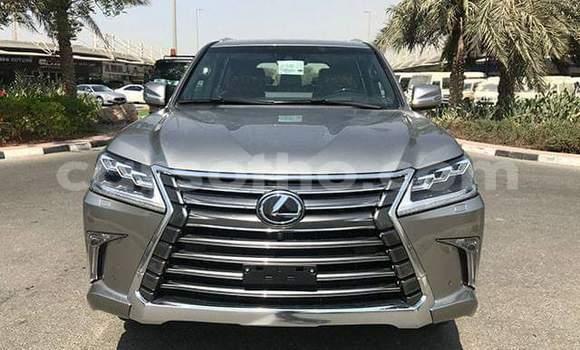 Buy Used Lexus LX 570 Silver Car in Mafeteng in Mafeteng