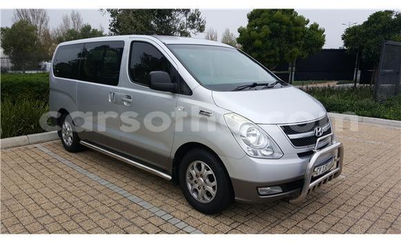Buy Used Hyundai H1 Silver Car in Maseru in Maseru