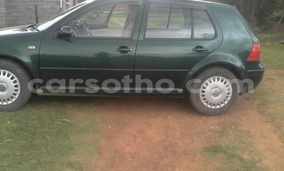 Buy Used Volkswagen Golf Green Car in Maseru in Maseru