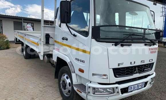 Buy Used Mitsubishi L400 White Truck in Maseru in Maseru