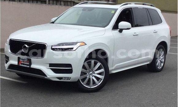 Buy Used Volvo XC90 White Car in Mafeteng in Mafeteng